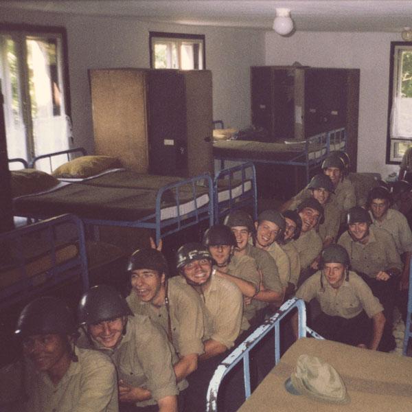 katonak-voltunk